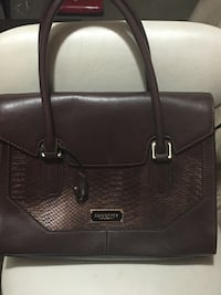 Brown leather handbag London fog