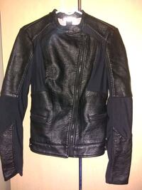 black leather zip-up jacket Los Angeles, 90016