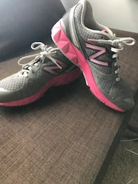 Used New balance running shoes Toronto, M3M 2V6