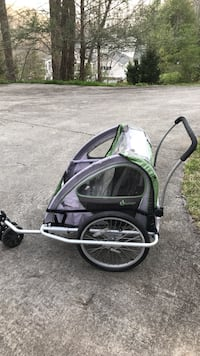 Gray and black bicycle trailer