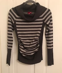 Gray - sliver -Striped Long Sleeve sweater -cowl neck- size youth small 177 mi