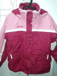 Columbia ladies jacket with hood New Westminster, V3M 0A9