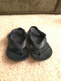 Crocs for Toddler size 7 Cypress, 90630