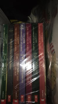 Chronicles of Narnia book set in package