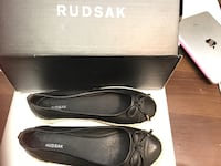 Black rudsak leather bow flats with shoe box Toronto, M5T 2S3