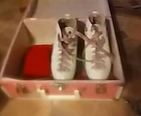 Vintage rollerskates with pads and case. Las Vegas, 89115