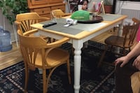 Dining Table with 4 Chairs Montréal, H3H 2N5