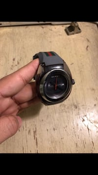 Authentic gucci watch for men Chelsea, 02150