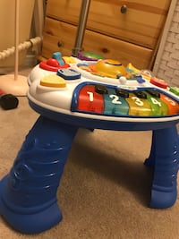 blue and yellow activity table