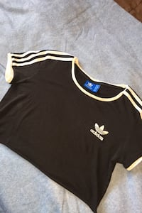 cropped adidas shirt small