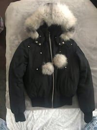 Moose knuckle Woman's bomber jacket M Vaughan, L6A 2H6