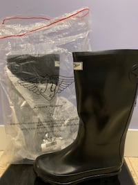 BRAND NEW Women's Black rain boots