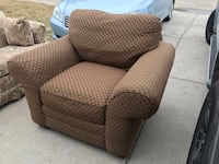 Extremely Comfortable Spotless Bassett Accent Chair in Excellent Condition. Prosper, 75078