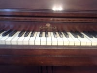 Wurlitzer Upright Piano, Real Wood finish FREDERICK