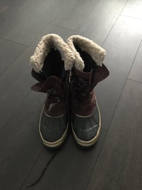 Mens Winter boots. Like new size 9 Oakville, L6H 3M6