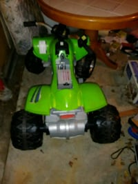 green and white ATV ride-on toy Bowie, 20721