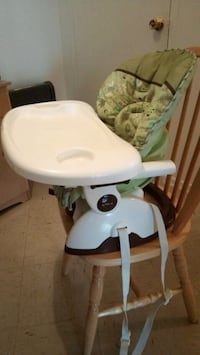 Fisher Price SpaceSaver High Chair Toronto, M9A 4M6