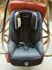 baby's black and gray car seat carrier Brea, 92821