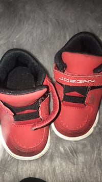 8fae992e4f1acc Used 4c red jordans for sale in Akron - letgo