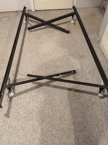 Steel adjustable twin the queen bed frame with casters