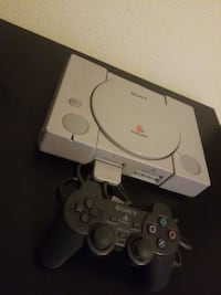 Original PlayStation PS1 & Controller Elk Grove