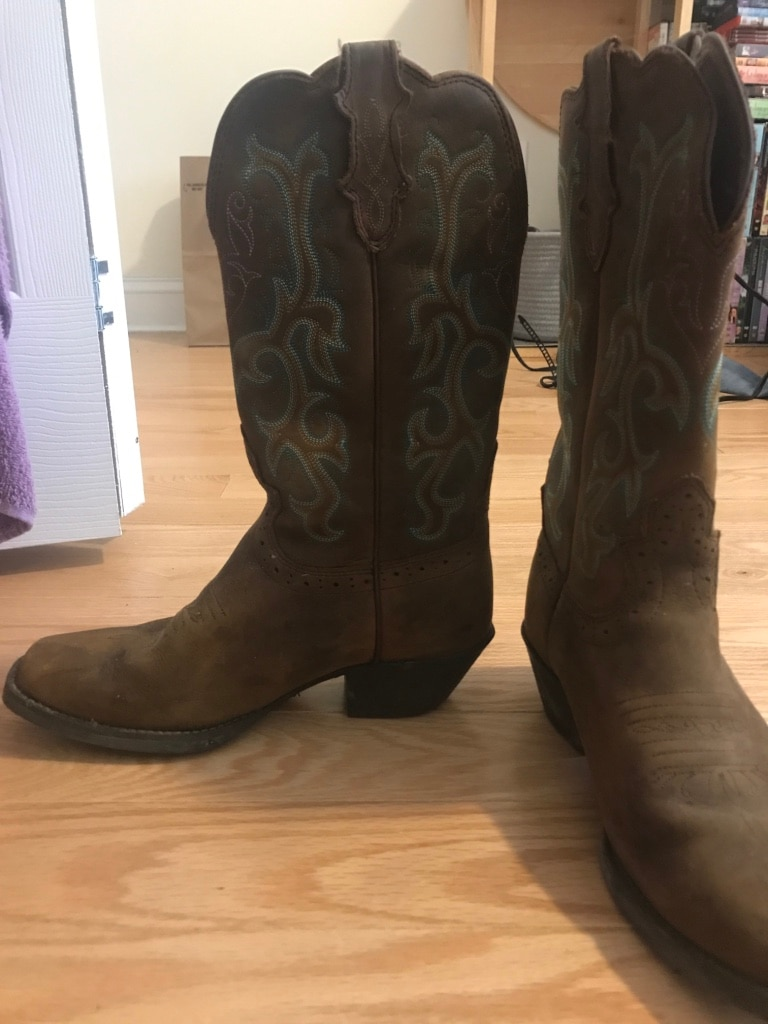Soft Leather cowboy boots by Justin boots.
