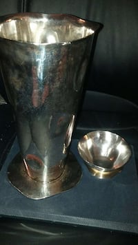 Set of two silver Izabel Lam New York Vases Hamilton, L8V 3J4