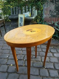 round brown wooden table with two chairs Miami, 33147