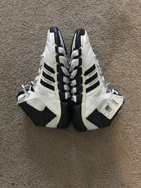 Size 17 Adidas Basketball shoes Hyattsville, 20782