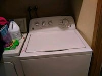 white top-load clothes washer Arlington, 98223
