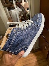 Blue and white high top sneakers Houston, 77042