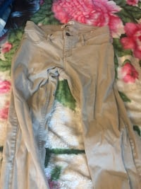 Women jean size 3 good condition brand holister Hayward, 94541