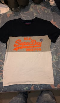 SuperDry Tee Shirt Medium  Fort Washington, 20744