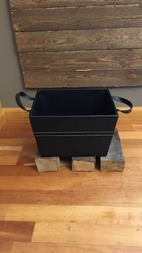 Black handled container
