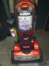 Eureka the boss pet vacuum Des Moines