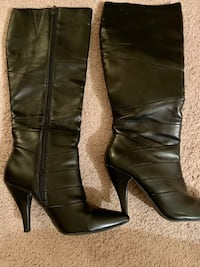 Women's tall black boots. Sz 9  Eagan, 55123