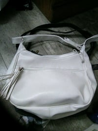 White leather purse Brantford, N3T 2T2