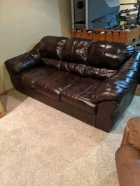 Leather couch  Gretna, 68028