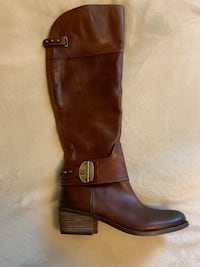 Vince Camuto boots 50 km