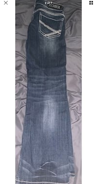 Rock and roll cowgirl women's jeans. Size 8 29x32 South Bend, 46614