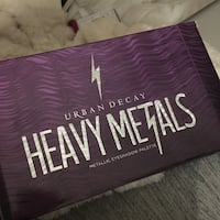 Urban Decay Heavy Metals eyeshadow palette Toronto, M9V 4Y1