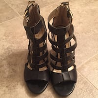 GUESS Booties ... Size 6 Calgary, T3H 4M6