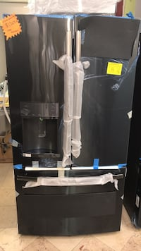 black and gray water dispenser West Palm Beach, 33409