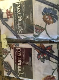 2 white floral springmaid pillow cases,have 4 pairs to sell. Hoover, 35226