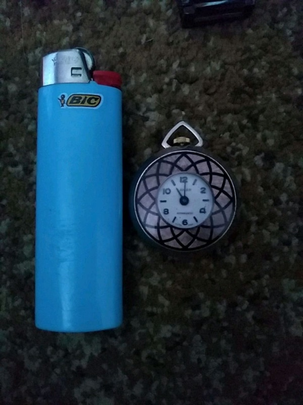 blue and black variable box mod