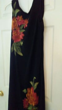 Floral dress with scope back Size 14/16