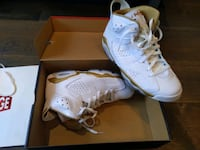 Jordan 6 Golden moments. Size 11. Brand new. Toronto, M5P 2H5