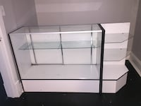 Display case & detachable corner shelf  London, N6L 1A6
