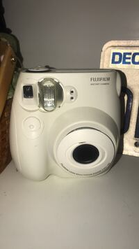 $40 OBO no film but brand new. Only a few photos taken on it  Gilbert, 85234