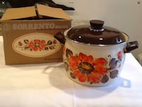 Vintage new old stock monetary made in Italy enamelware pot  West Islip, 11795